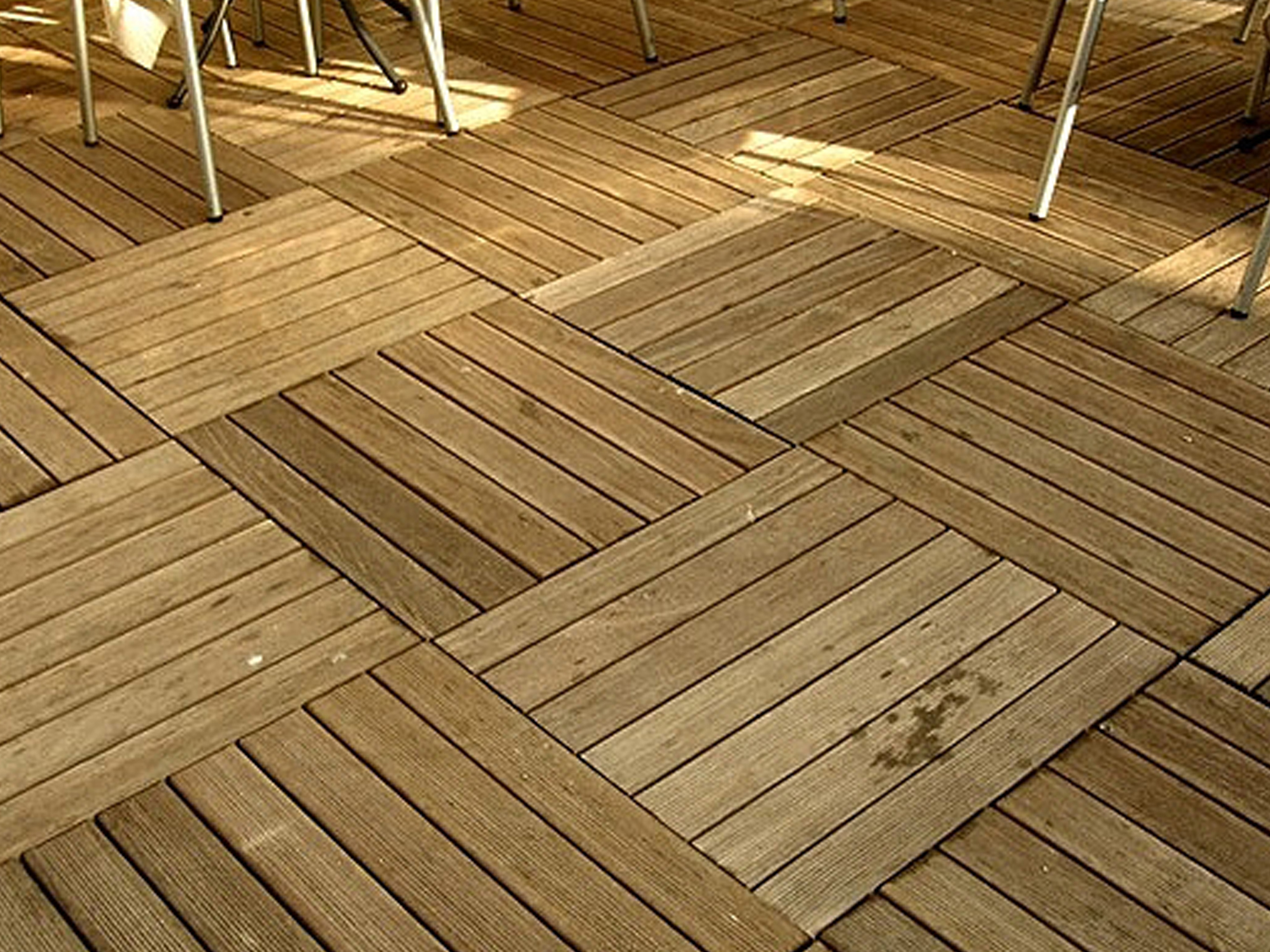 Pavimenti per esterni terenzi parquet pavimenti in for Pavimento da esterno ikea